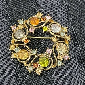 Vintage Monet Round Brooch Pin Gold Tone Colorful